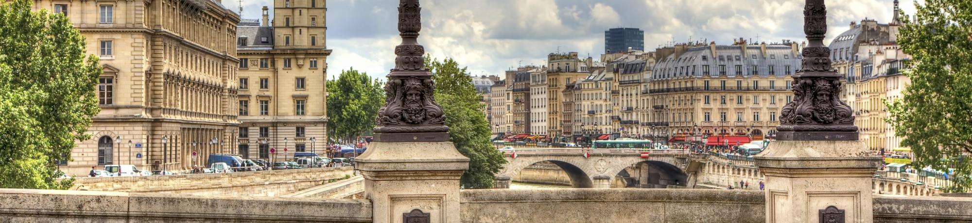 UC Davis Study Abroad, Summer Abroad France, Americans in Paris Program, Header Image, Cost Page