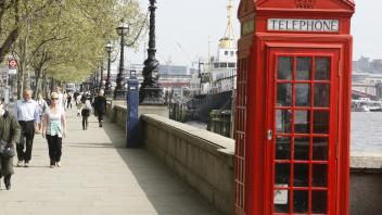 UC Davis Study Abroad, Quarter Abroad UK_LSE Program, Photo Album, Image 9